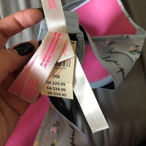 Victoria's Secret Intimates & Sleepwear - NWT 34B Victoria's Secret Blue Floral Bra